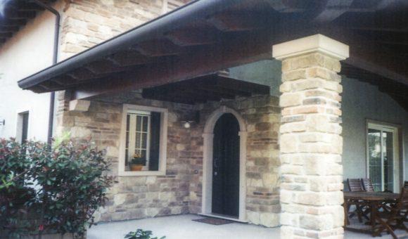 Rivestimenti in sasso e mattoni faccia vista verona for Rivestimento in mattoni per case